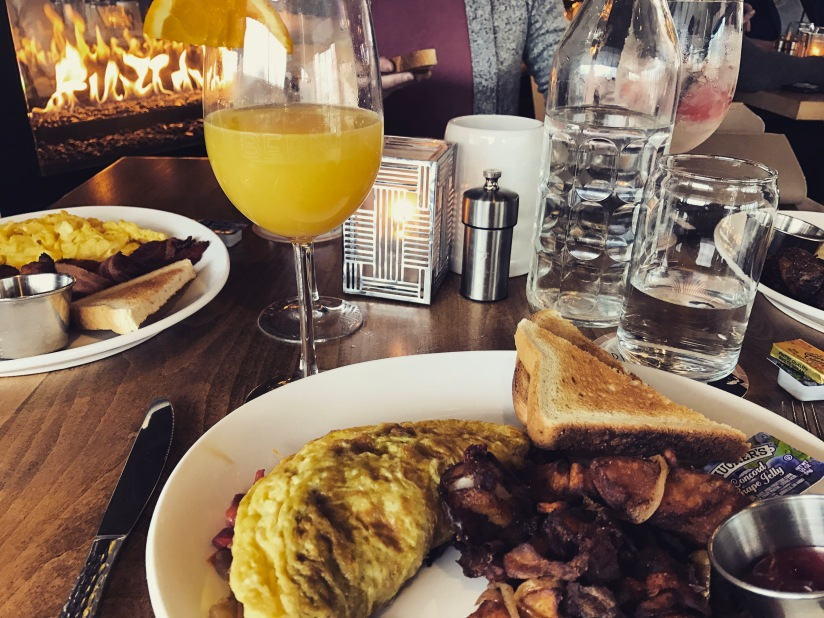 Things We Do After Graduation:Brunch